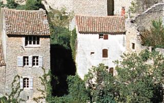 Les maisons de village en Luberon