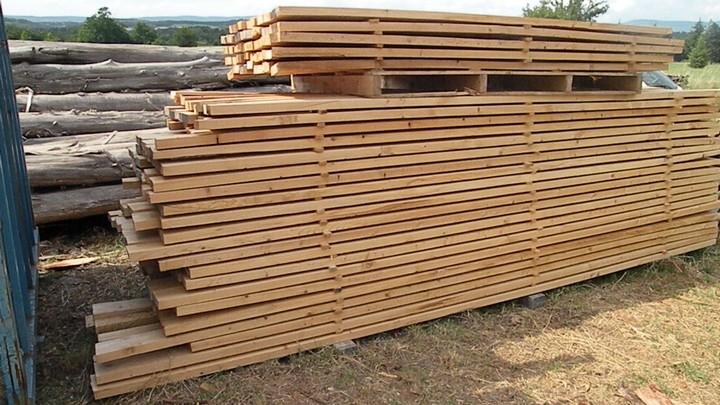 Planches en bois du Luberon © PNRL - Philippe Chiffolleau