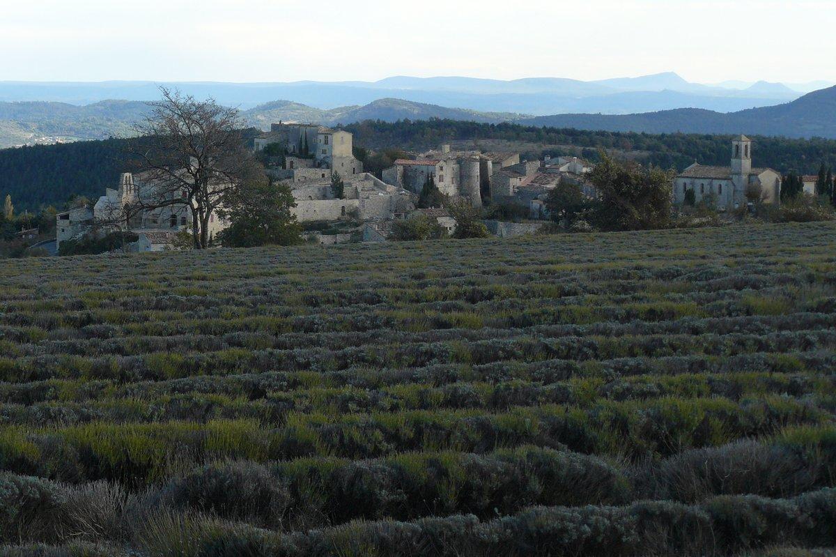 Vachères, Haute-Provence Pays de Banon © PNRL - Françoise Boulet