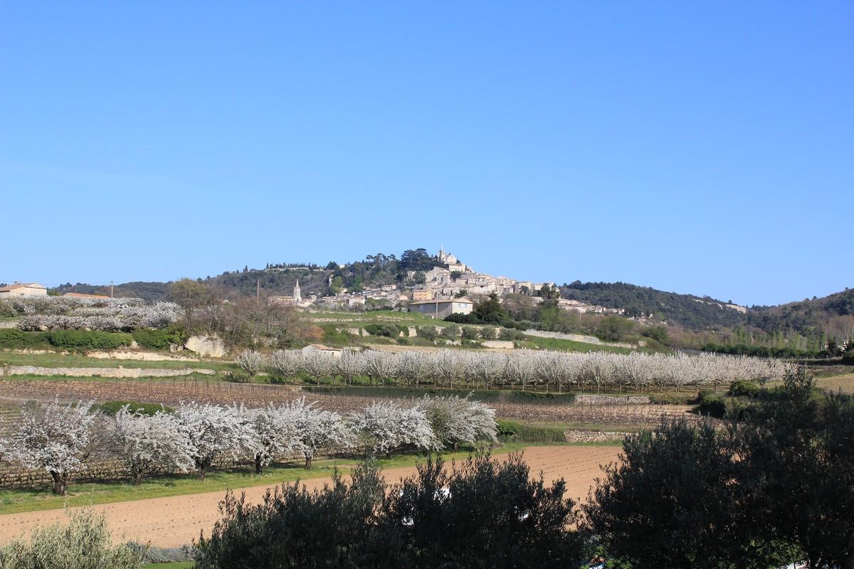 Bonnieux, Pays d'Apt Luberon © PNRL - Françoise Boulet