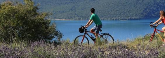 Vélo dans le Parc du Verdon (photo Vélo Loisir Provence)